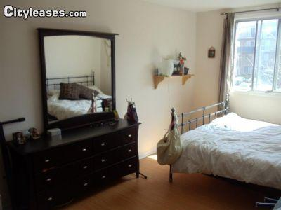 950 3 bedroom Apartment in Montreal Area Other Greater Montreal