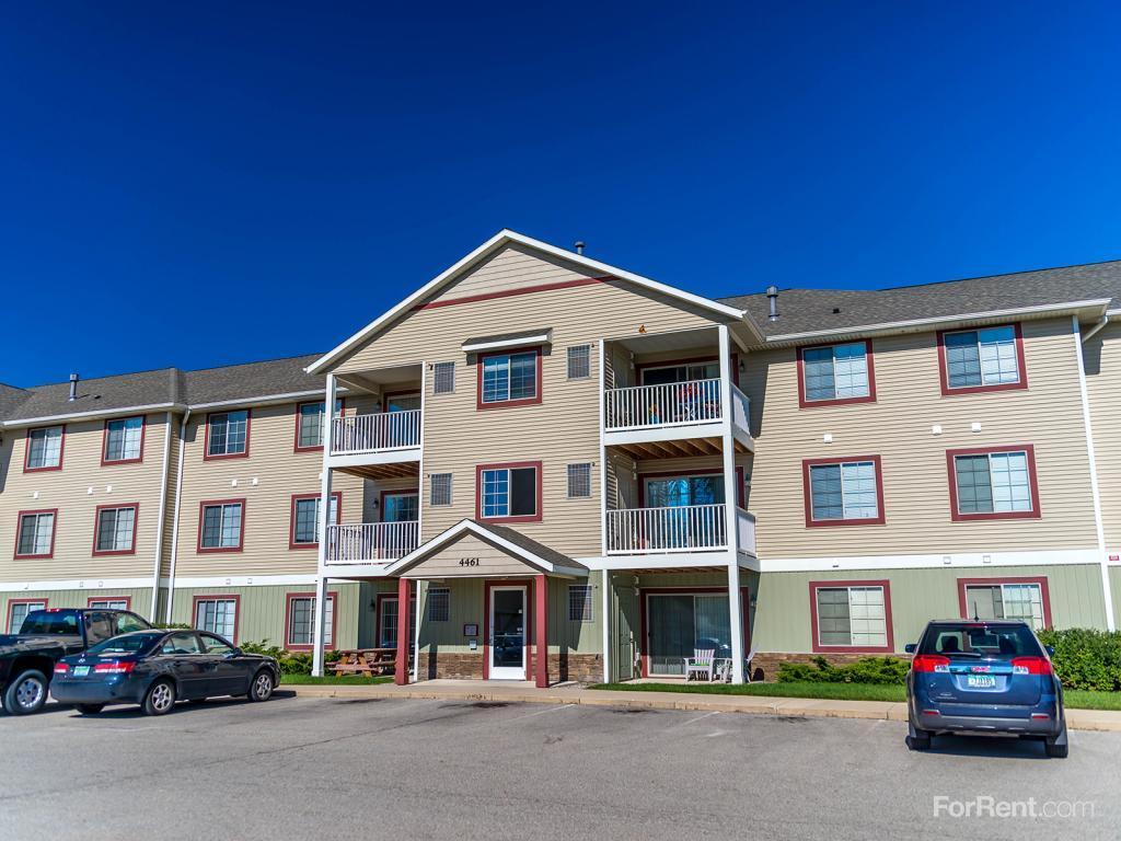 Landing Place Apartments photo #1