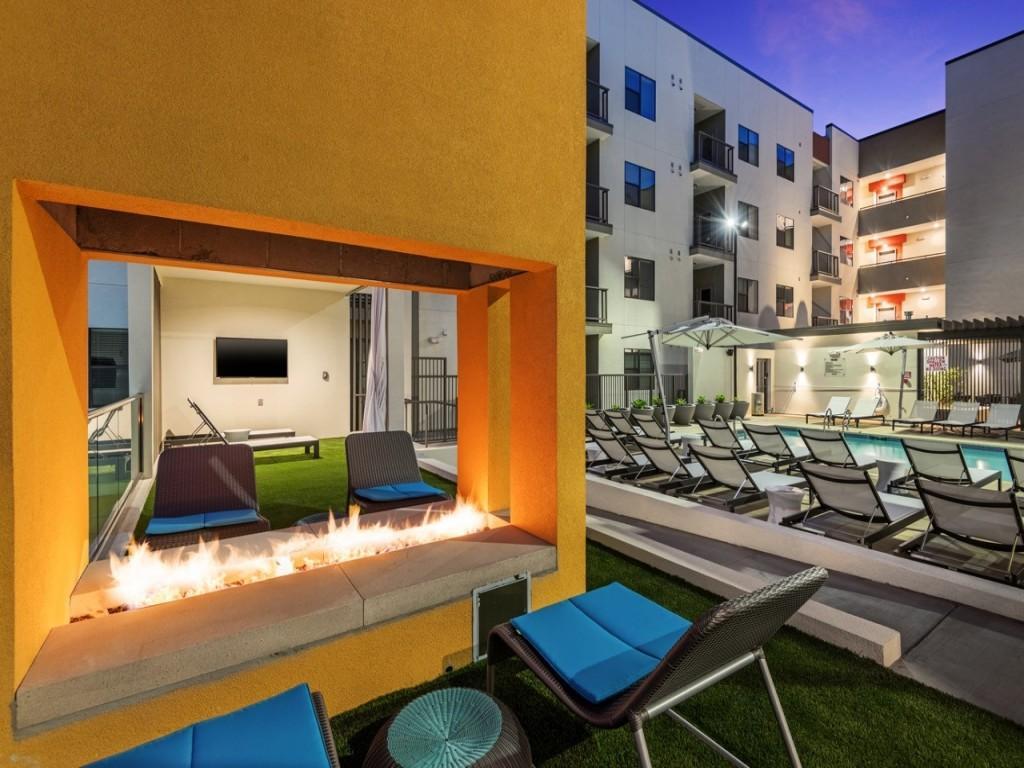 Capital Place Apartments Phoenix