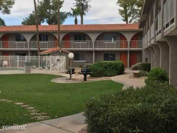 409 N Scottsdale Rd photo #1