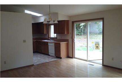 West Olympia 4-BR for rent/lease - Olympia This is a nice 4 bedroom, 3/4 bath on a large parcel in a quiet cul-de-sac