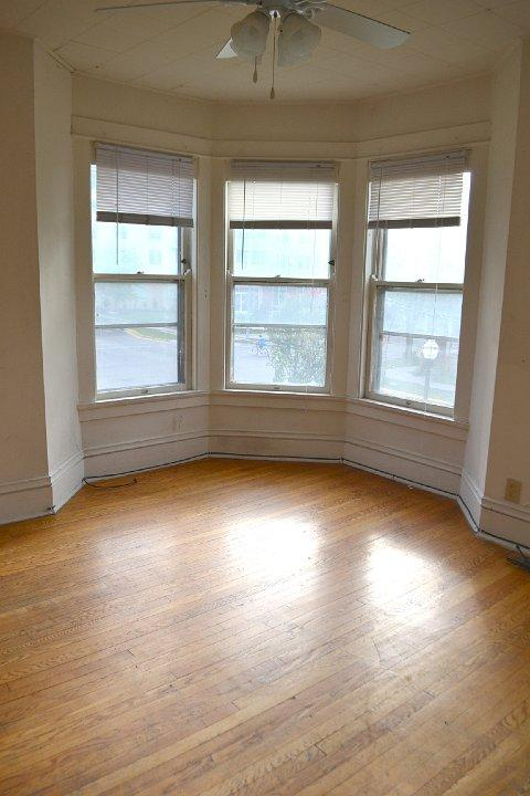Apartment for rent in Madison. Apartments photo #1