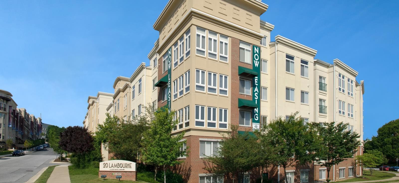 20 Lambourne Apartments photo #1