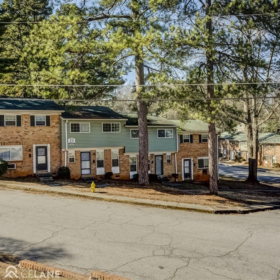 Village Apartments: Eastwyck Village Apartments, Candler-McAfee GA