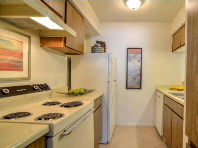 Cypress Pointe Residences Apartments photo #1