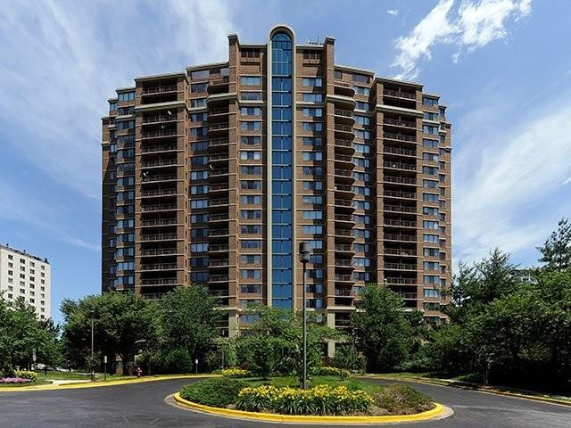 Avalon Grosvenor Tower Apartments photo #1