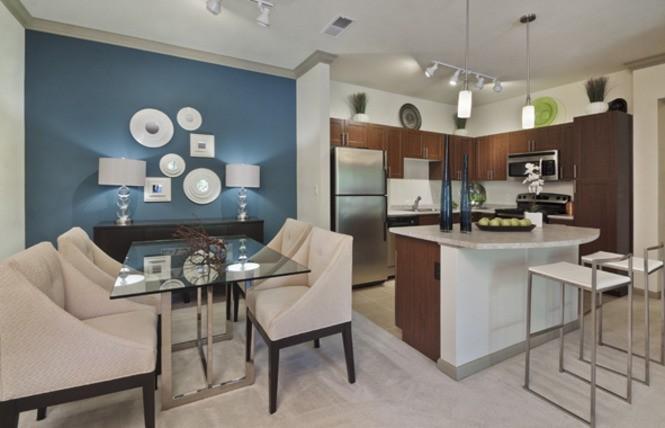 841 Handsworth Ln Apartments photo #1