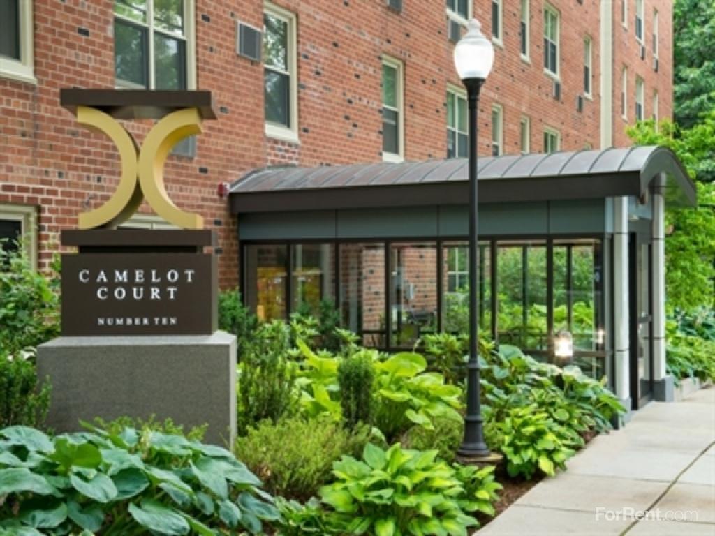 Camelot Court Apartments photo #1