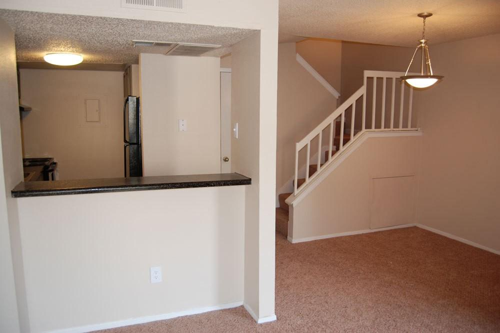 1 bedroom Apartment - This beautiful rental is located in the Fort Worth area. photo #1