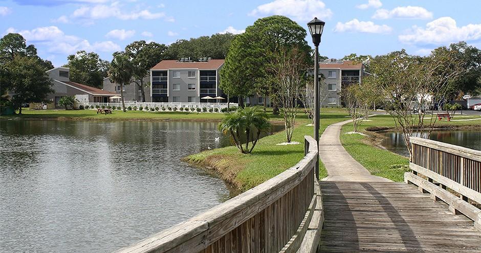 Promenade At Edgewater Apartments photo #1