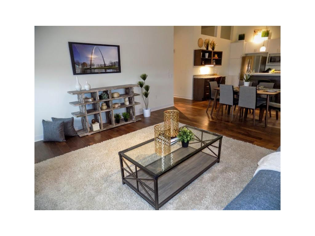 One Bedroom Apartments In St Louis Mo Lofts At Euclid Apartments St Louis Mo Walk Score