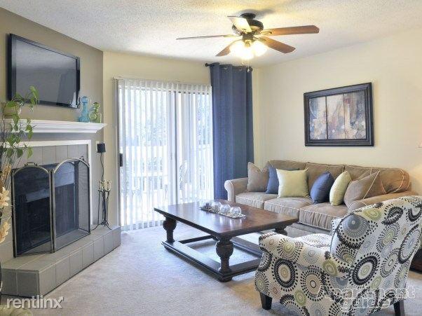 Oak Ridge at Pelham Apartments photo #1
