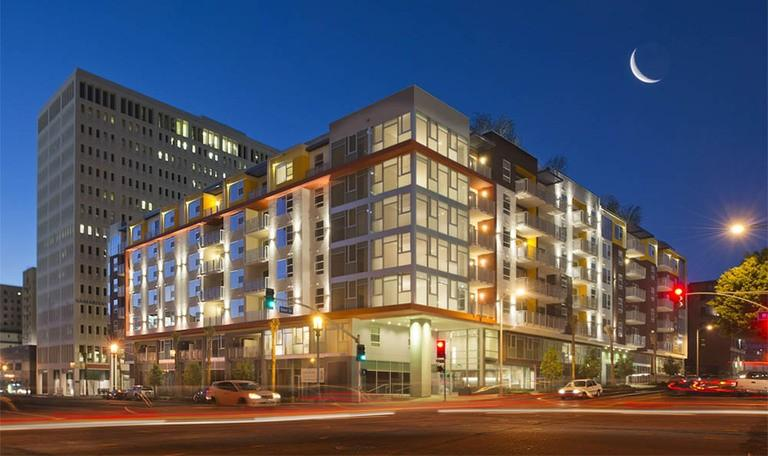 1111 Wilshire Apartments photo #1