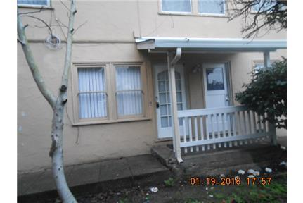 1634 Lillian Street photo #1