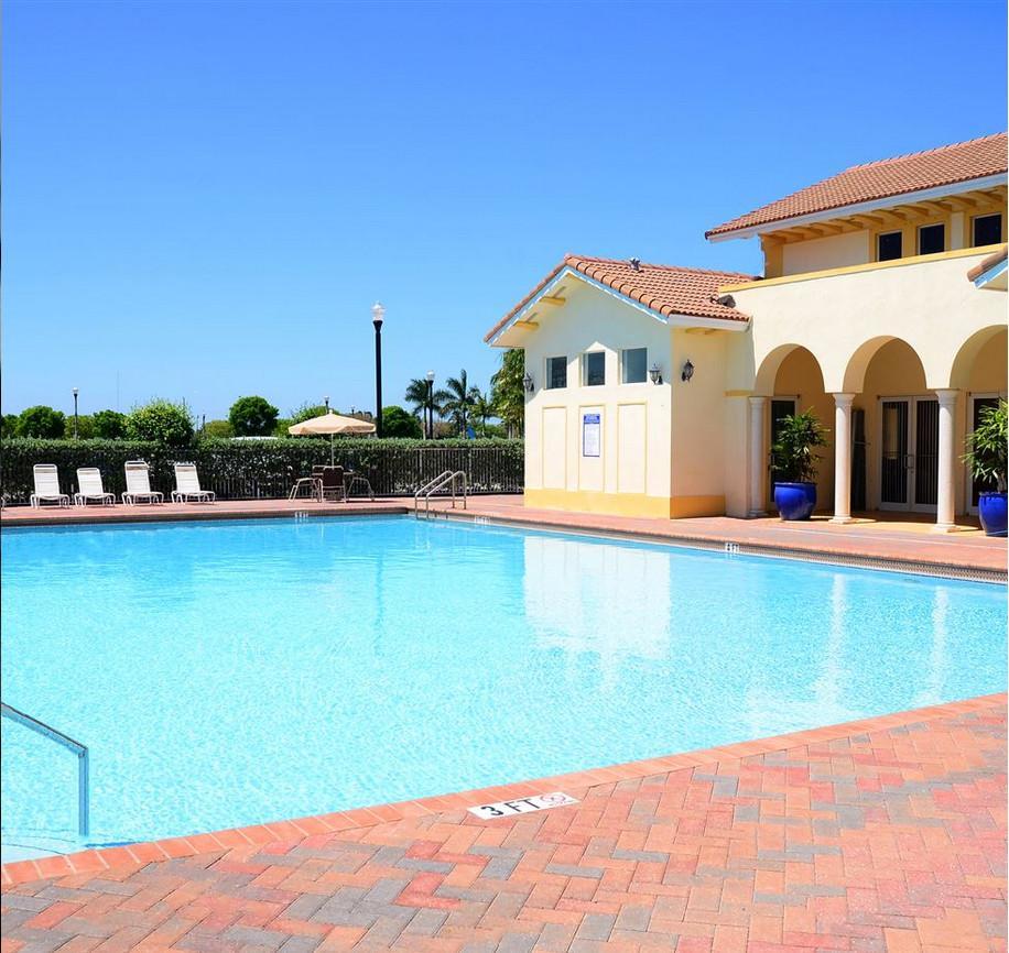 Palm Breeze At Keys Gate Apartments, Homestead FL