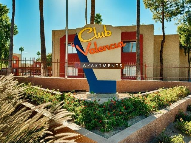 Club Valencia Apartments photo #1