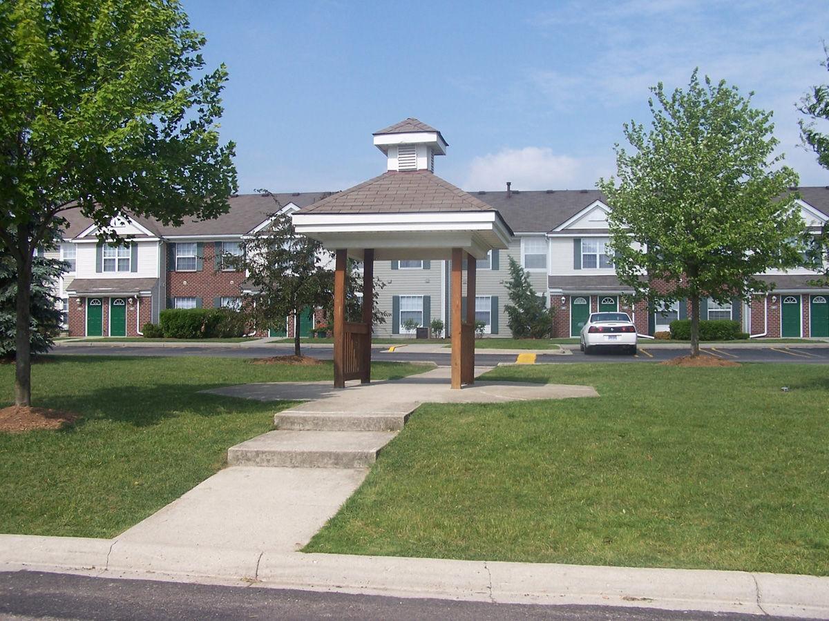 3 Bedroom Apartments In Southfield Mi Pebble Creek Southfield Mi Walk Score