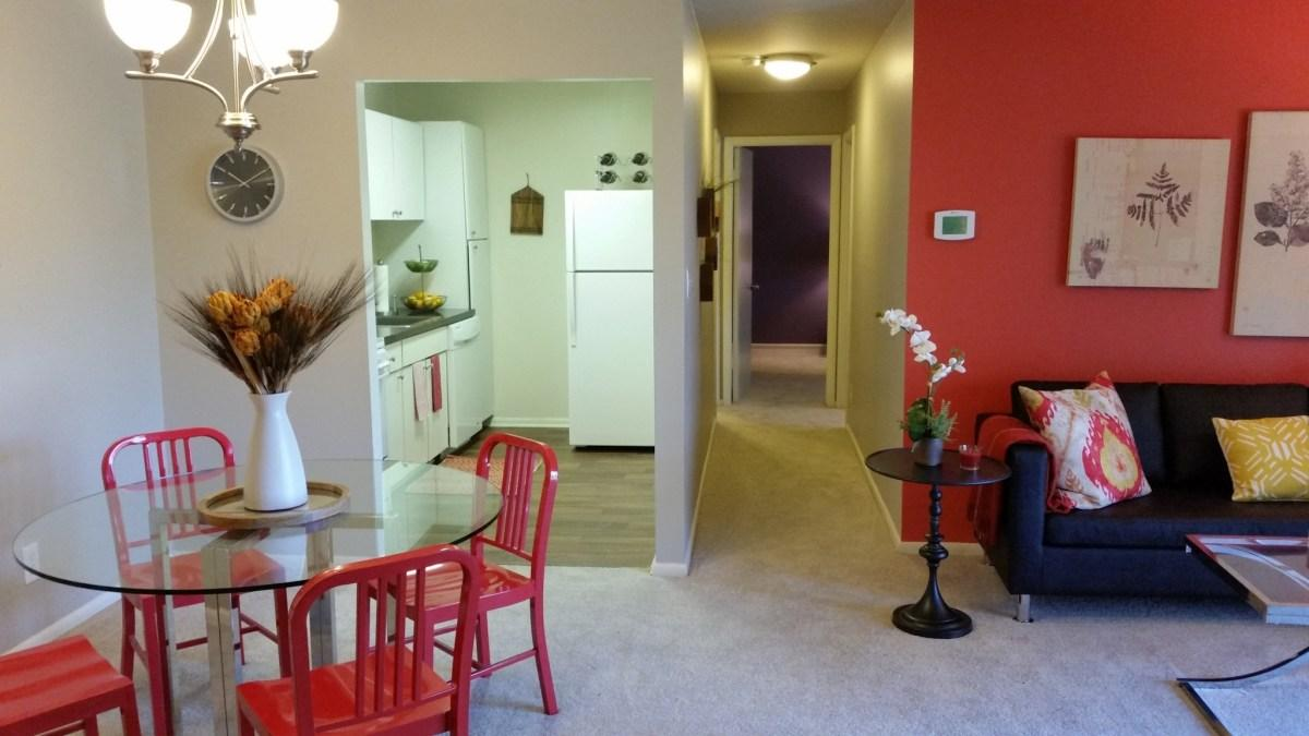 Hillsdale Manor Apartments photo #1