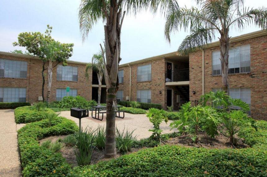 Apartments On Greenridge Houston