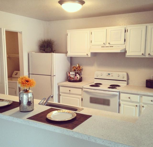Village Green Of Rochester Hills Apartments photo #1