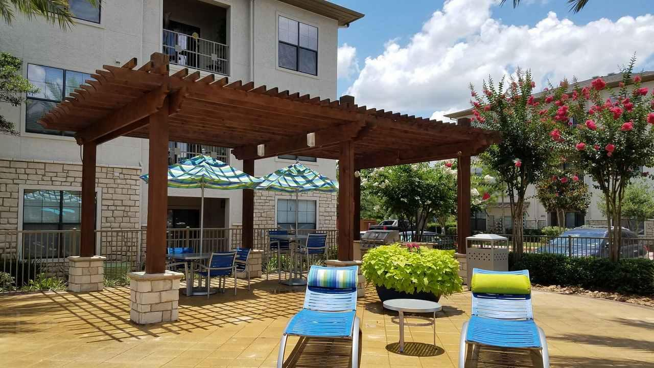 Montfair At The Woodlands Apartments The Woodlands Tx