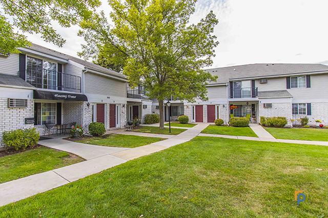 Stonewood Village Apartments photo #1