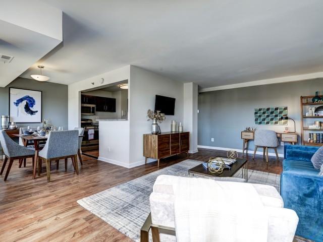 28+ [ 3 bedroom apartments in alexandria va ] | post carlyle