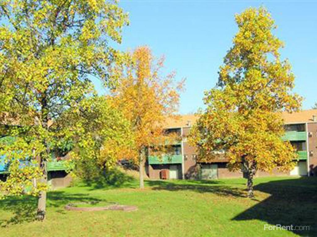 Frick Park Village Apartments photo #1