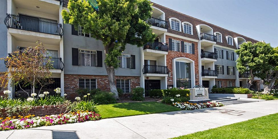 Pet Friendly Apartments West Hollywood