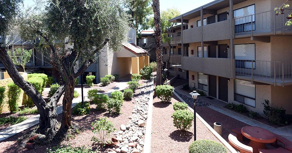 The Colonnade Apartments photo #1