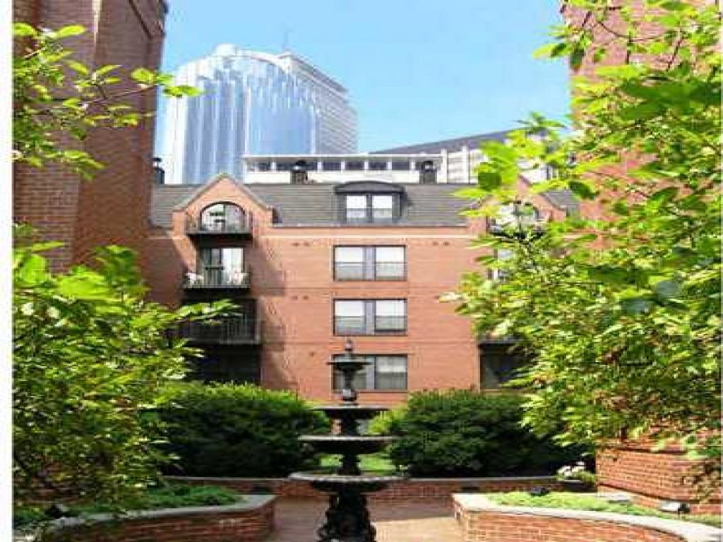 Garrison Square Apartments photo #1