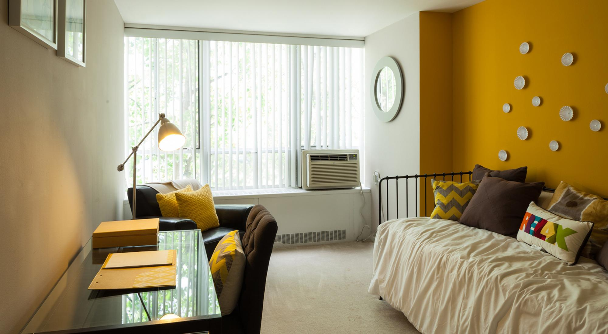 Lake meadows apartments chicago il walk score for 3 bedroom apartments in lake county il