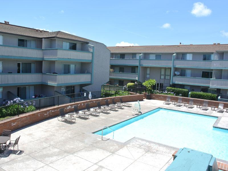 Harbor Cove Apartments photo #1