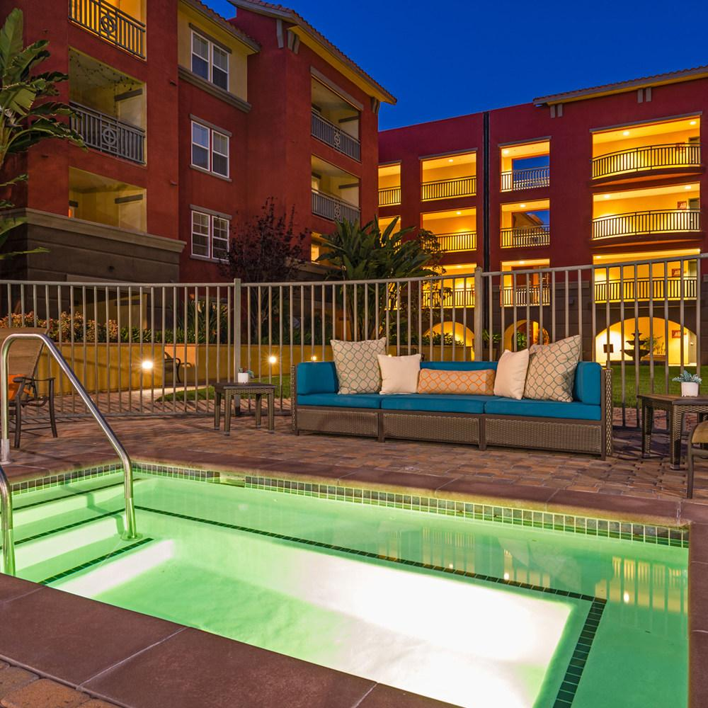 Apartments In San Diego With Dog Parks: Mira Bella Apartments, San Diego CA