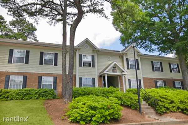 Lakeshire Apartments East Point Ga