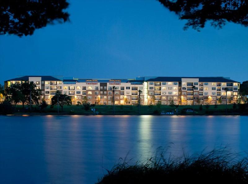 AMLI South Shore Apartments photo #1