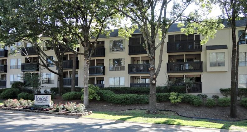 Forest Place Apartments photo #1