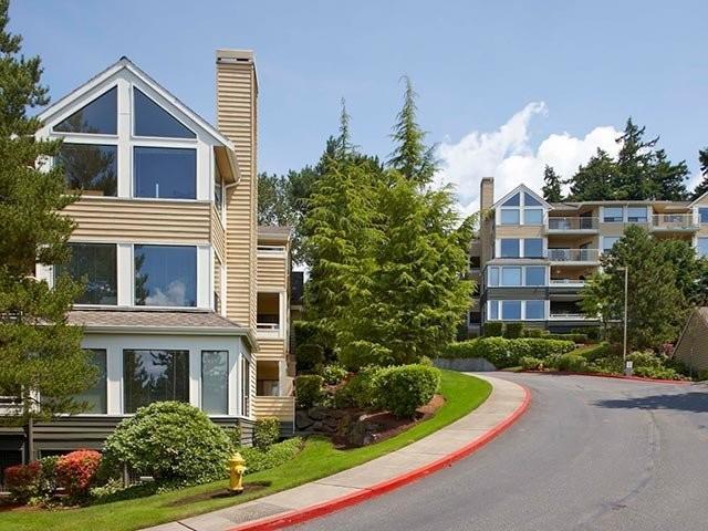 Avalon Kirkland at Carillon Point Apartments photo #1