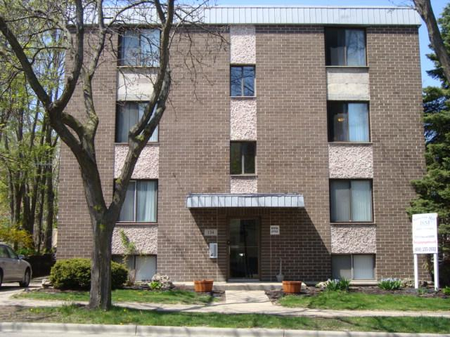 Excellent location to campus and James Madison Park. Apartments photo #1