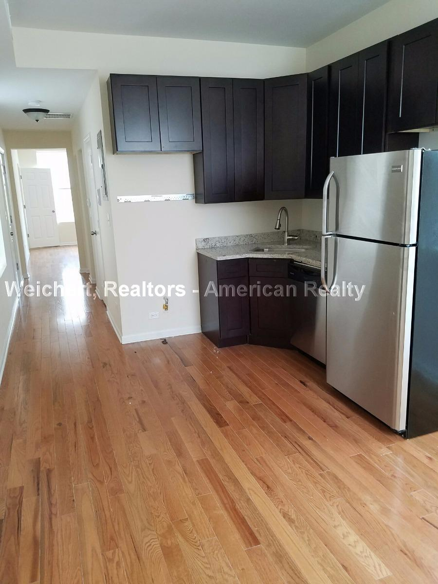 1521 West 18th Place photo #1