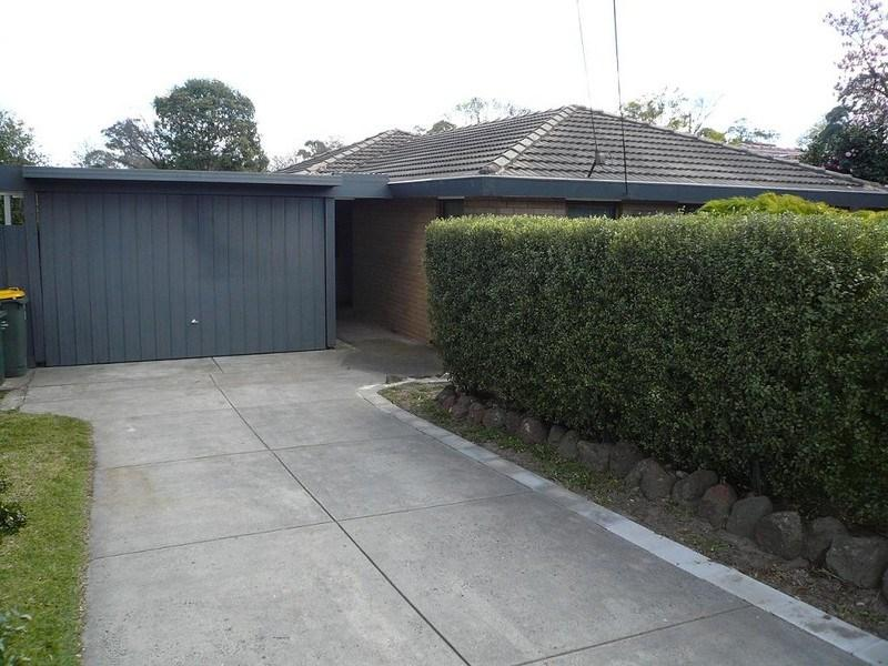 302 Springvale Road photo #1