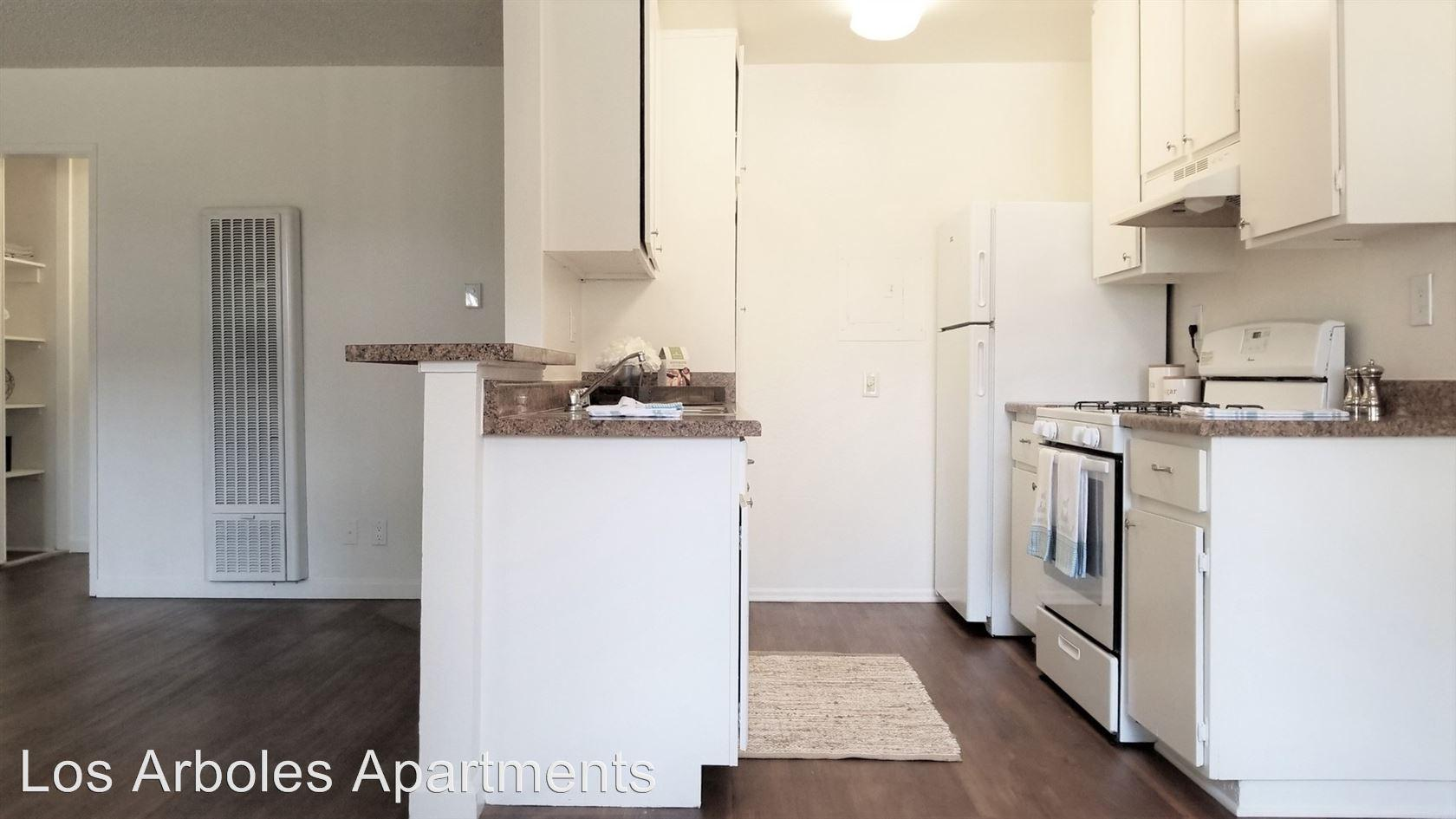 11901 East 176th Street Apartments photo #1