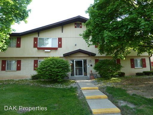 N114 W15518 Sylvan Cir photo #1