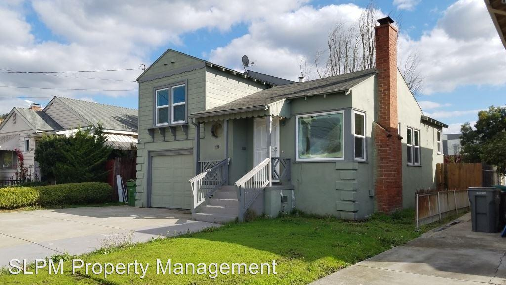 2628 106th Ave. photo #1