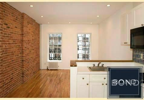 Apartment in Upper East Side photo #1