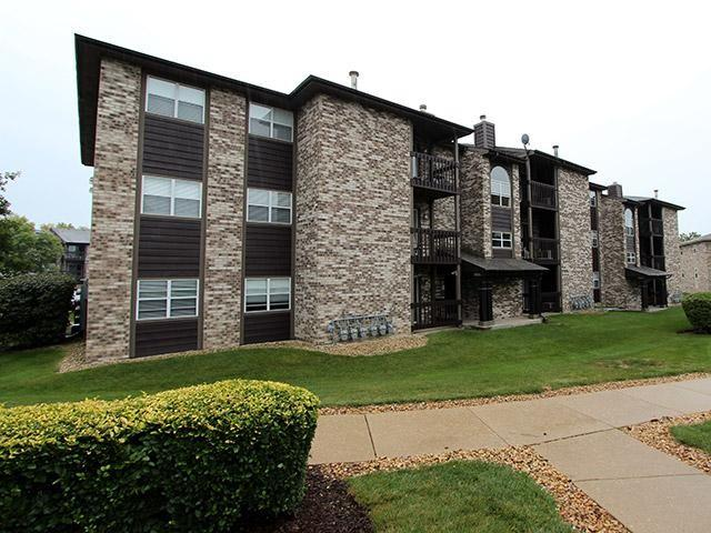 Stratford Place Apartments photo #1