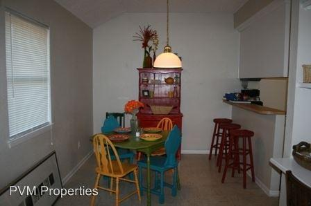 1310 Bagby Ave. photo #1