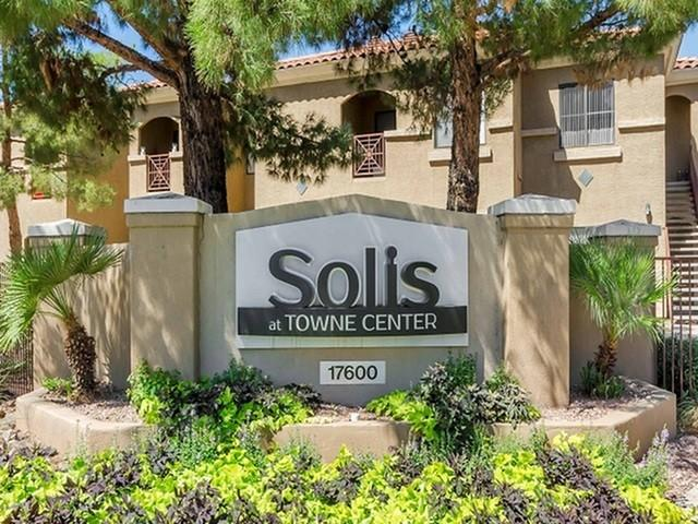 Solis at Towne Center Apartments photo #1
