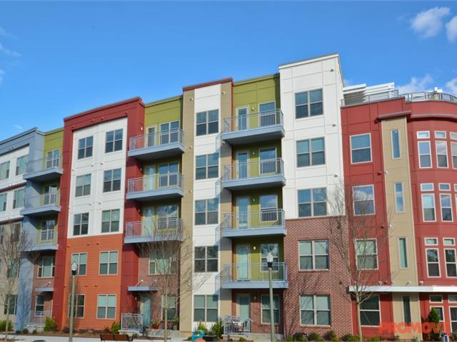 1133 on the Square Apartments photo #1