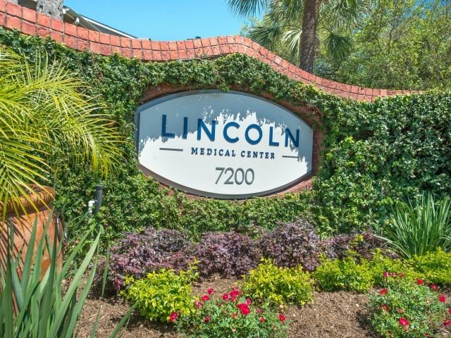 Lincoln Medical Center Apartments photo #1